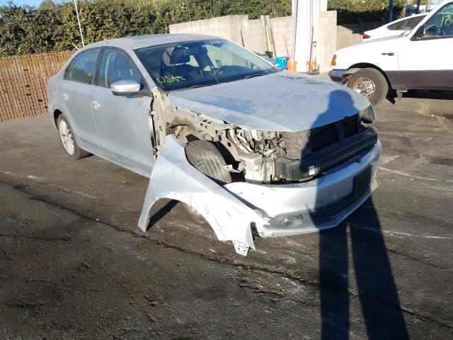 Salvage cars for sale from Copart San Martin, CA: 2011 Volkswagen Jetta SEL