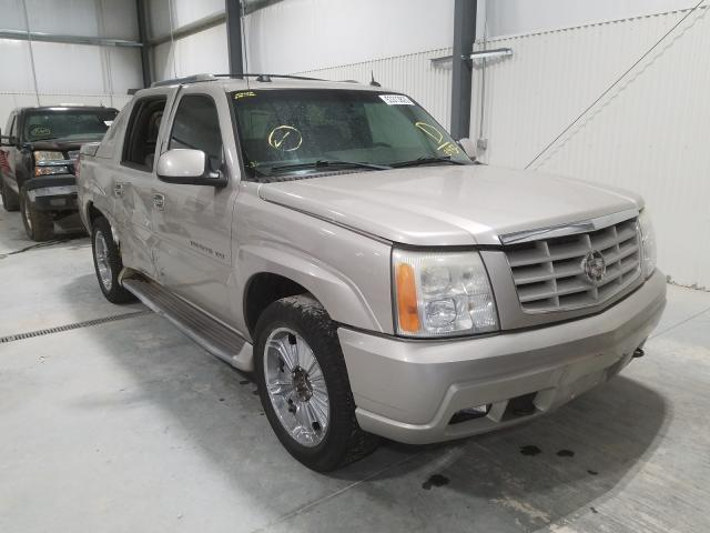 Salvage cars for sale from Copart Greenwood, NE: 2005 Cadillac Escalade E
