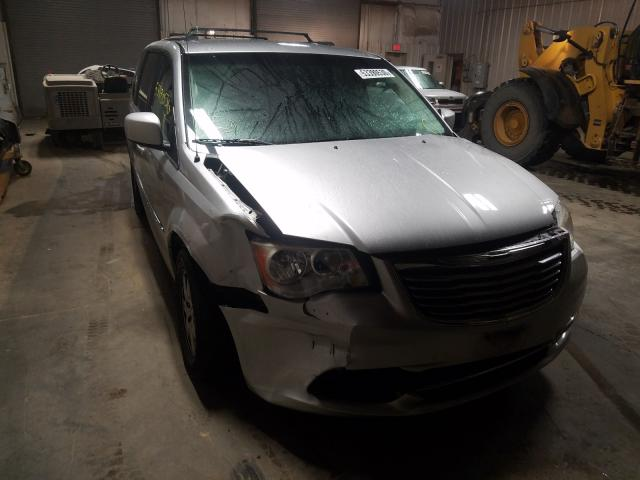 Salvage cars for sale from Copart Elgin, IL: 2012 Chrysler Town & Country