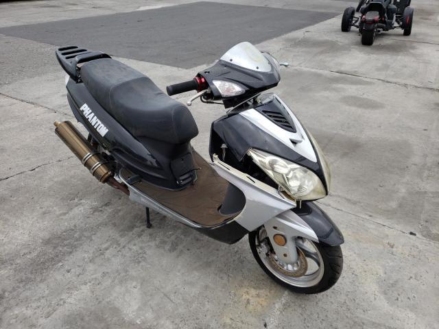 MOTO GAS SCOOTR