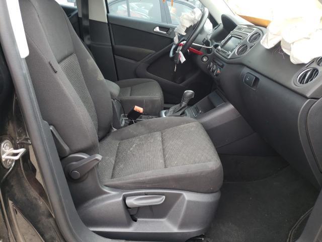 пригнать из сша 2015 Volkswagen Tiguan S 2.0L WVGAV7AX4FW575424