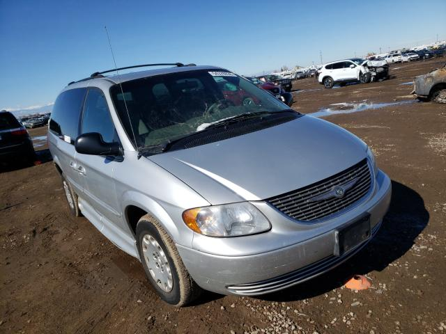 Vehiculos salvage en venta de Copart Brighton, CO: 2003 Chrysler Town & Country