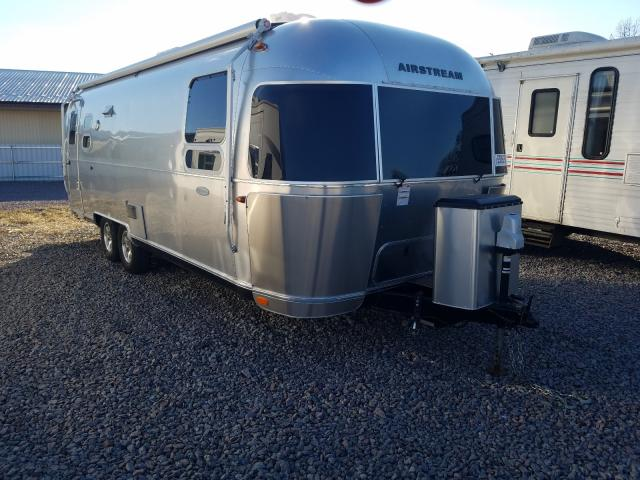 Salvage cars for sale from Copart Avon, MN: 2017 Airstream Trailer