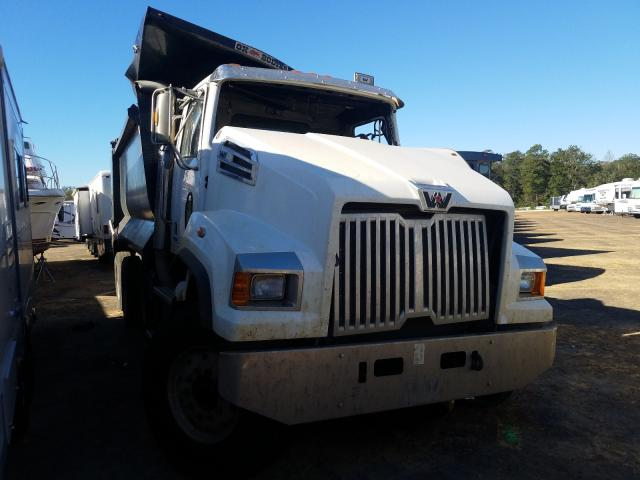 Salvage cars for sale from Copart Eight Mile, AL: 2020 Western Star Convention