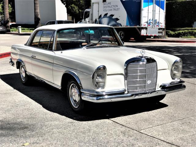 Salvage cars for sale from Copart Wilmington, CA: 1964 Mercedes-Benz 220 SE