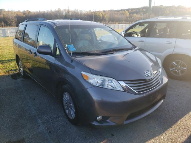 Salvage cars for sale from Copart Louisville, KY: 2013 Toyota Sienna XLE