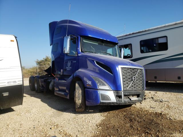 Salvage cars for sale from Copart San Antonio, TX: 2019 Volvo VNL