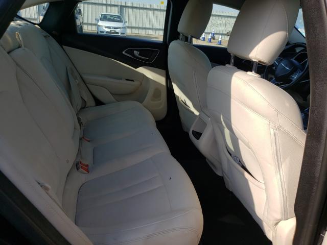 1C3CCCAB1FN743269 2015 Chrysler 200 Limite 2.4L
