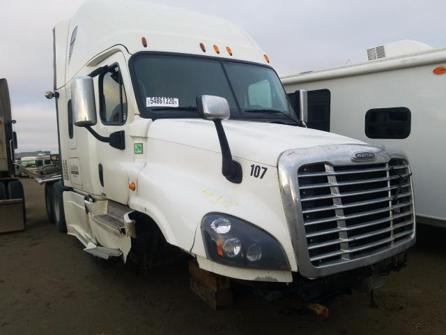 Salvage cars for sale from Copart Nisku, AB: 2015 Freightliner Cascadia 1