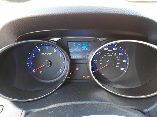 KM8JUCAC0BU207661 2011 Hyundai Tucson Gls 2.4L