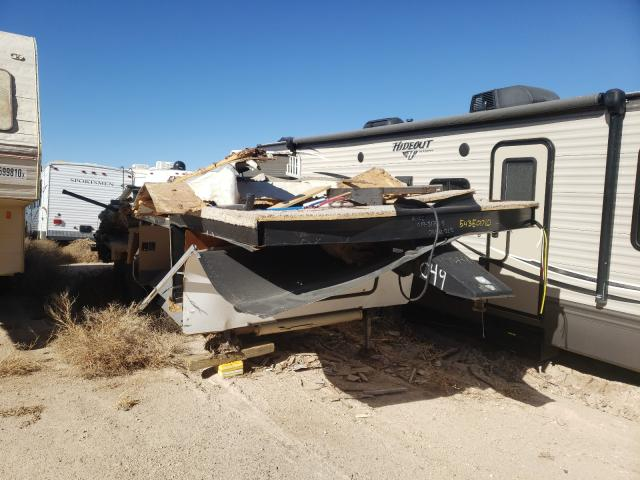 Salvage cars for sale from Copart Amarillo, TX: 2015 Trailers 5th Wheel
