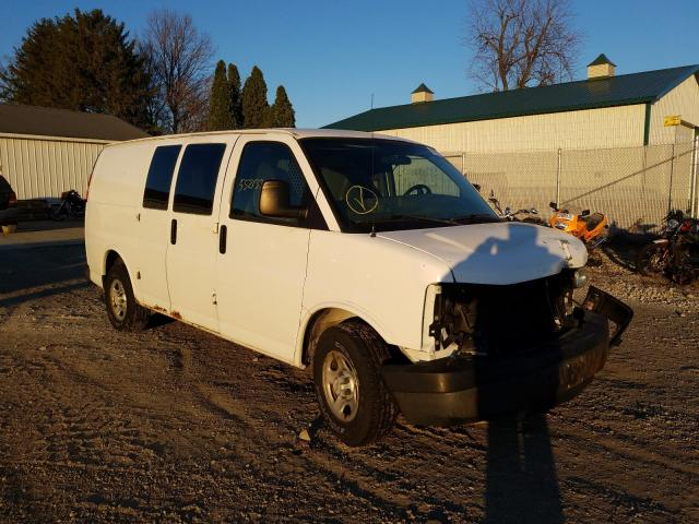 Salvage cars for sale from Copart Cicero, IN: 2005 Chevrolet Express G1