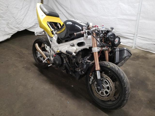 Salvage cars for sale from Copart Windsor, NJ: 2000 Suzuki TL1000 R