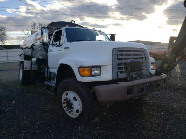 1997 Ford F800 for sale in Eugene, OR