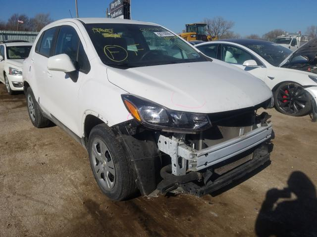 Salvage cars for sale from Copart Wichita, KS: 2017 Chevrolet Trax LS