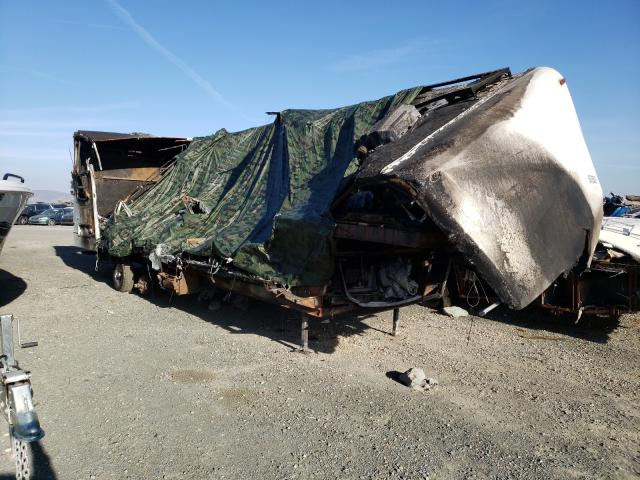 4YDF3302821206164-2002-tail-trailer