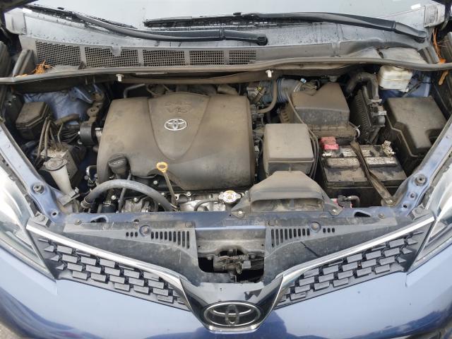5TDXZ3DC6JS940702 2018 Toyota Sienna Se 3.5L