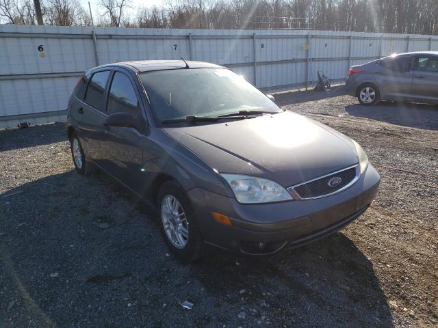 Salvage cars for sale from Copart York Haven, PA: 2005 Ford Focus ZX5