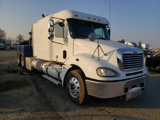 Salvage cars for sale from Copart Bakersfield, CA: 2005 Freightliner Convention