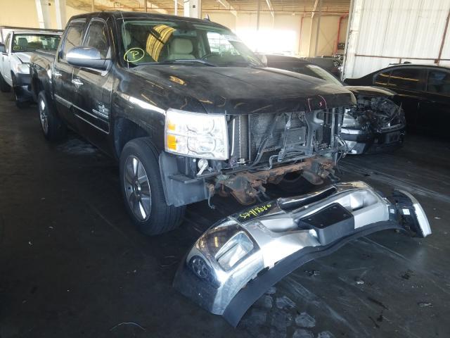 Salvage trucks for sale at Van Nuys, CA auction: 2013 Chevrolet Silverado