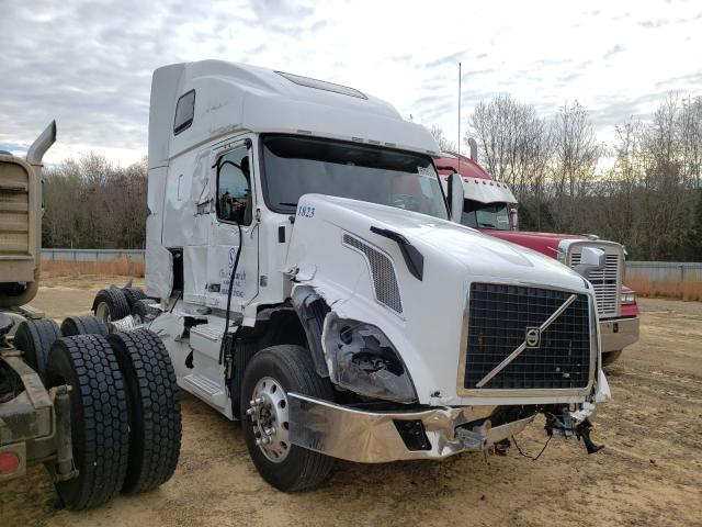 Salvage cars for sale from Copart Chatham, VA: 2018 Volvo VN VNL