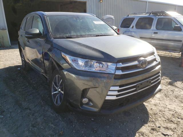 Salvage cars for sale from Copart Hampton, VA: 2017 Toyota Highlander