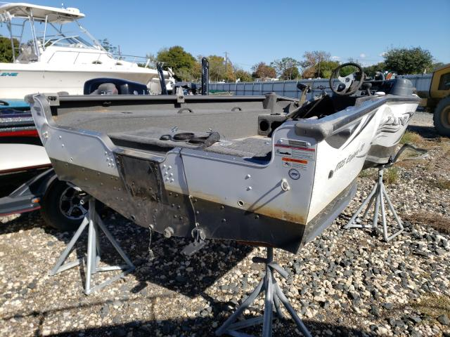 2010 LUND BOAT - Right Rear View