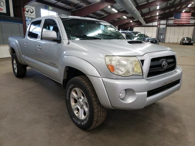 Salvage cars for sale from Copart East Granby, CT: 2005 Toyota Tacoma DOU