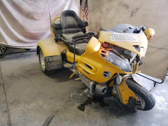 Salvage motorcycles for sale at Hueytown, AL auction: 2002 Honda GL1800