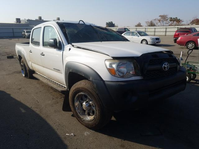 Salvage cars for sale from Copart Bakersfield, CA: 2011 Toyota Tacoma DOU
