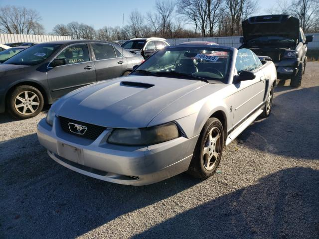 FORD MUSTANG 2002 1