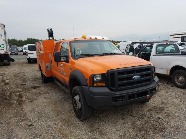 Salvage cars for sale from Copart Brookhaven, NY: 2006 Ford F450 Super