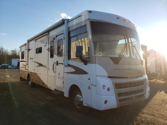 Salvage cars for sale from Copart Chambersburg, PA: 2007 Winnebago Sightseer