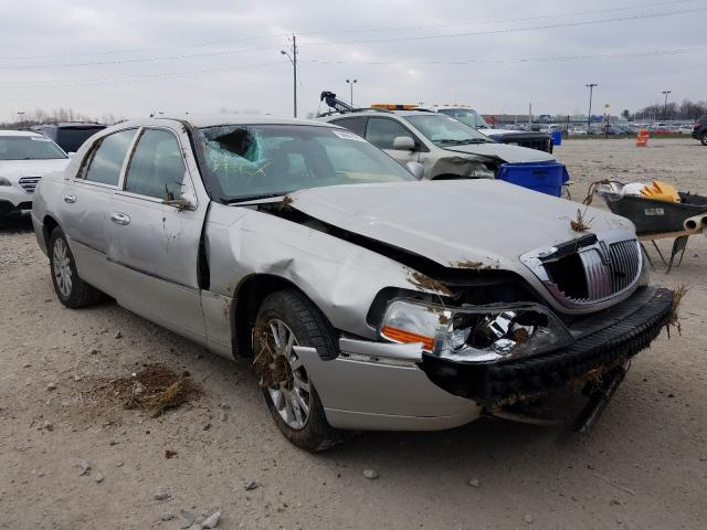 Salvage cars for sale from Copart Indianapolis, IN: 2007 Lincoln Town Car S