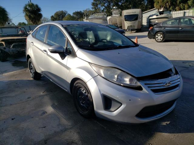 Salvage cars for sale from Copart Punta Gorda, FL: 2013 Ford Fiesta SE
