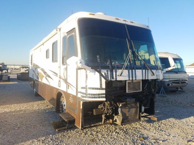 Salvage cars for sale from Copart Haslet, TX: 2002 Kountry Motorhome