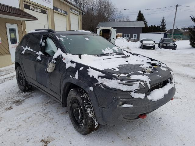 Salvage cars for sale from Copart Montreal Est, QC: 2019 Jeep Cherokee T