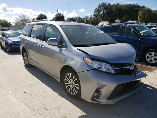 Salvage cars for sale from Copart Punta Gorda, FL: 2018 Toyota Sienna XLE