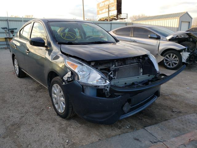 Salvage cars for sale from Copart Wichita, KS: 2016 Nissan Versa S