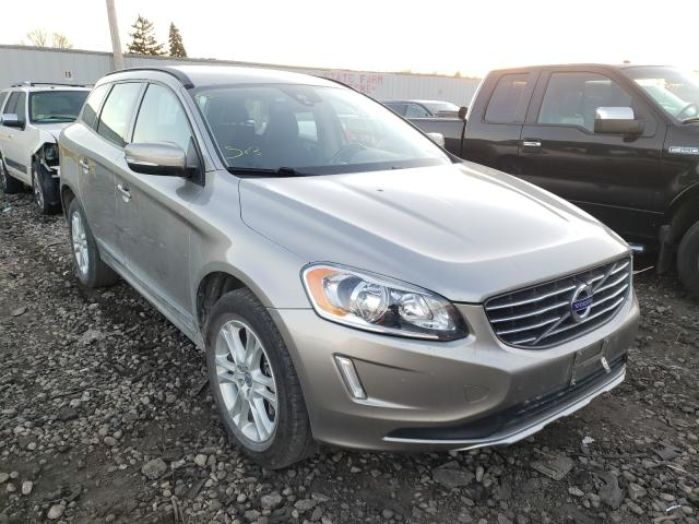 Salvage cars for sale from Copart Cudahy, WI: 2015 Volvo XC60 T5