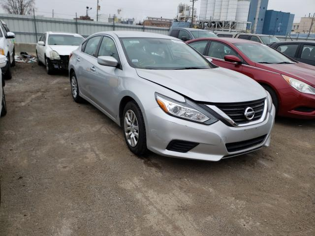 Salvage cars for sale from Copart Chicago Heights, IL: 2017 Nissan Altima 2.5