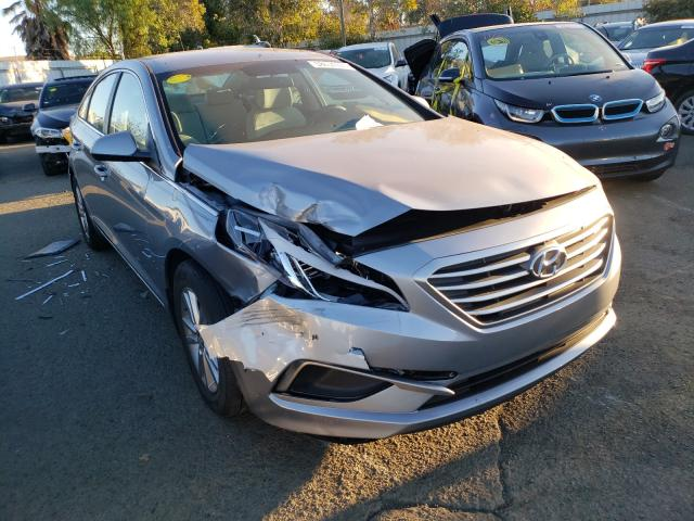 Salvage cars for sale from Copart Martinez, CA: 2017 Hyundai Sonata SE