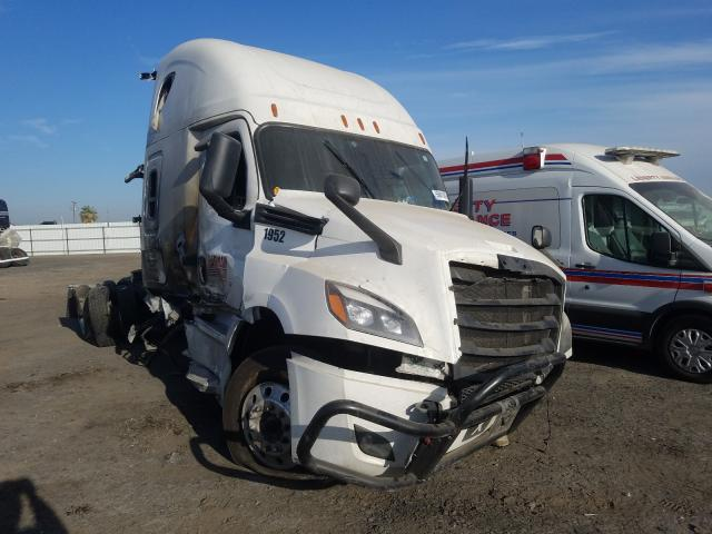 Salvage cars for sale from Copart Bakersfield, CA: 2020 Freightliner Cascadia 1