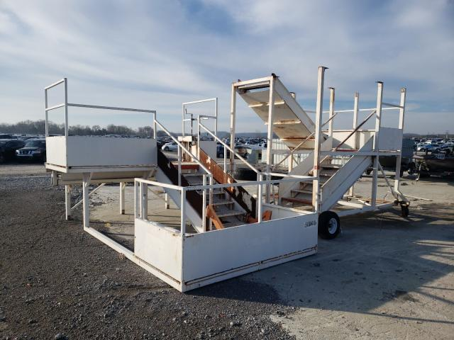 2000 Equipment Stairs for sale in Lebanon, TN
