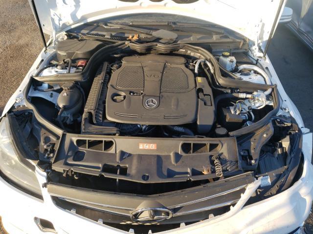 2013 Mercedes-Benz C | Vin: WDDGF8ABXDR254771
