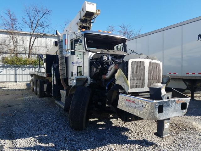 Salvage trucks for sale at Louisville, KY auction: 2016 Kenworth Construction