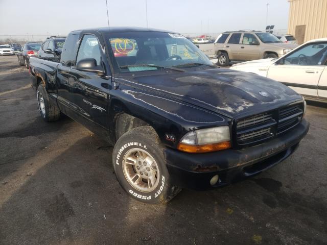 Vehiculos salvage en venta de Copart Moraine, OH: 2000 Dodge Dakota