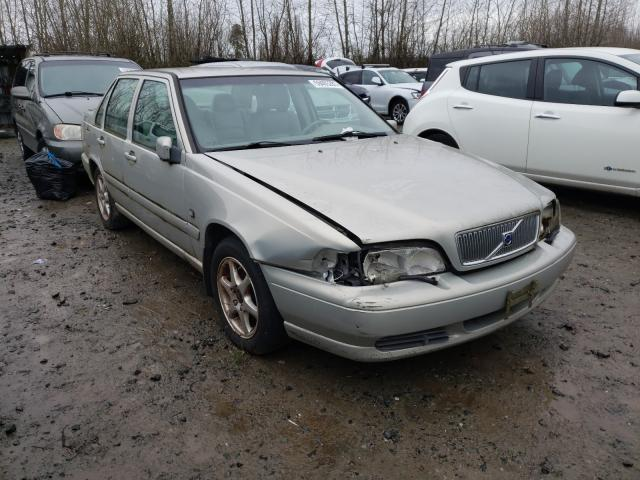 Salvage cars for sale from Copart Arlington, WA: 2000 Volvo S70 Base