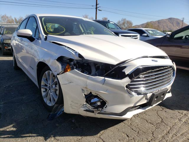 Salvage cars for sale from Copart Colton, CA: 2019 Ford Fusion SE