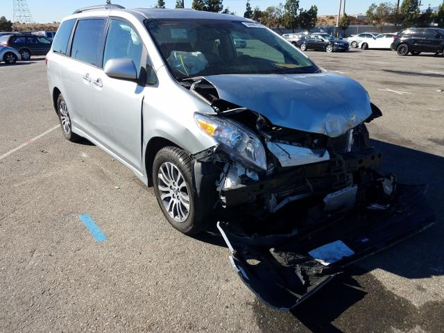 Salvage cars for sale from Copart Rancho Cucamonga, CA: 2020 Toyota Sienna XLE